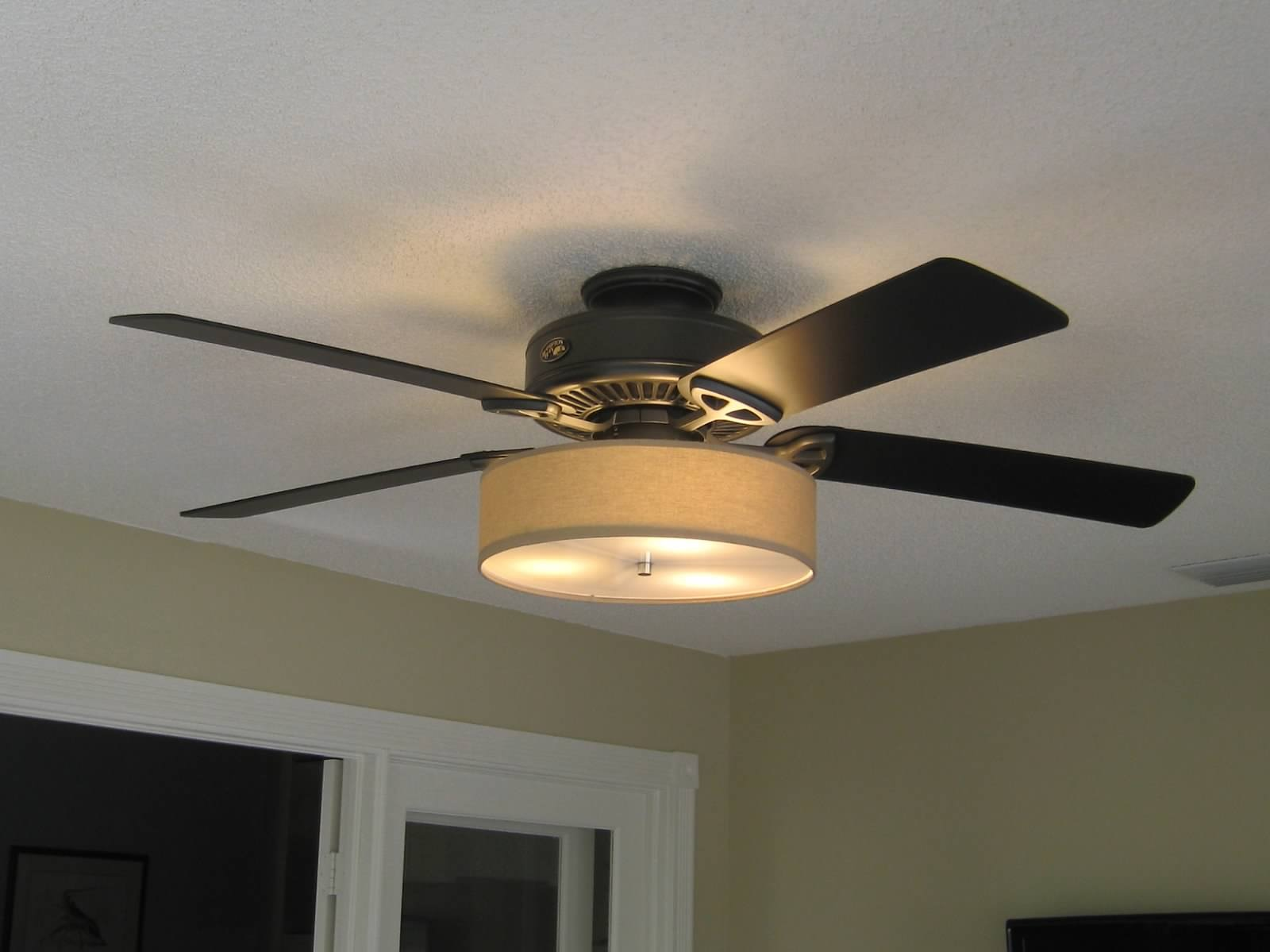 low profile linen drum shade light kit for ceiling fan s t lighting llc. Black Bedroom Furniture Sets. Home Design Ideas