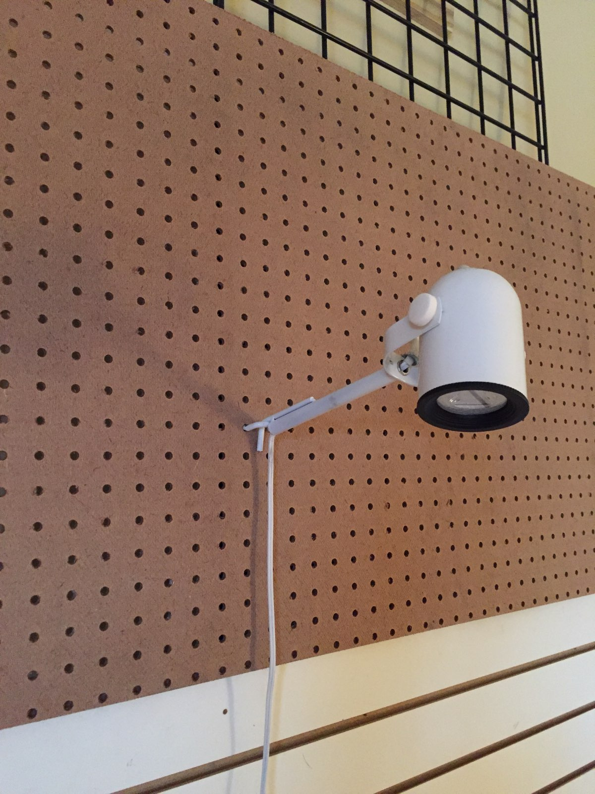 Peg Board Work/Desk PB16 Light With LED Bulb